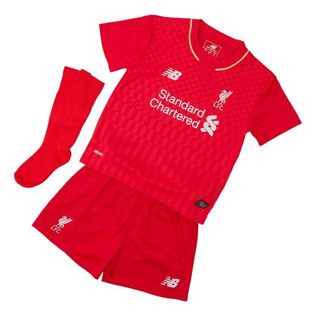 Bilde av Liverpool FC Draktsett hjemme 2015/16 Baby/Barn