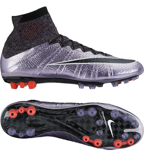 sneakers for cheap 105c4 9c2b1 ... Fotballsko Play Ice Bilde av Nike Mercurial Superfly AG Liquid Chrome  Pack ...