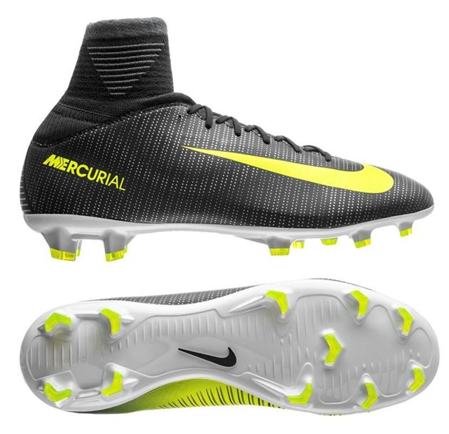 e3c8d7a4 Nike Mercurial Superfly V FG Barn CR7 Chapter 3 Discovery ...