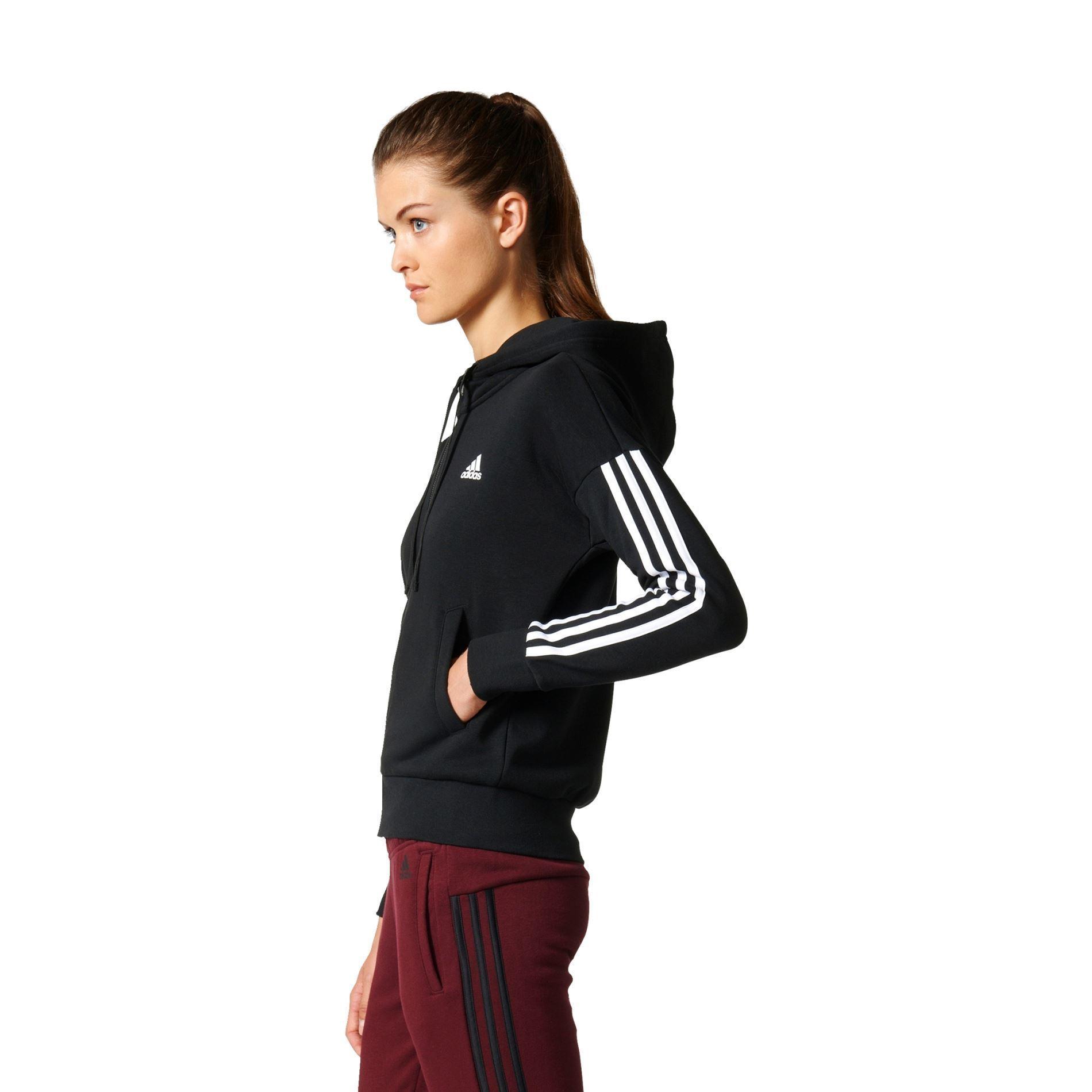 cd9bdba6a18 Adidas Essential 3S Hettejakke Dame Byåsen Håndball- Fotballsko.no ...