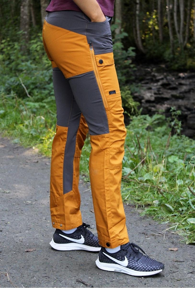 gul Enfys og Sport Adidas pnt woman fra Vi klær sko Nava selger q6aE6wr